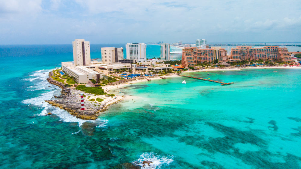 vacation in cancun tips