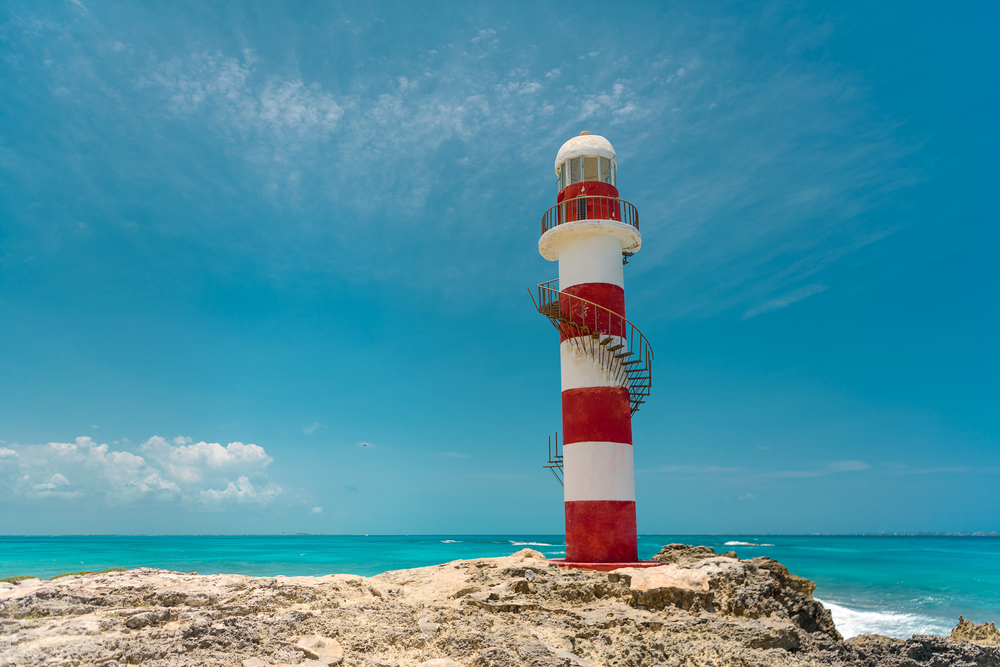 cancun-lighthouse-photo-spots-near-cancun