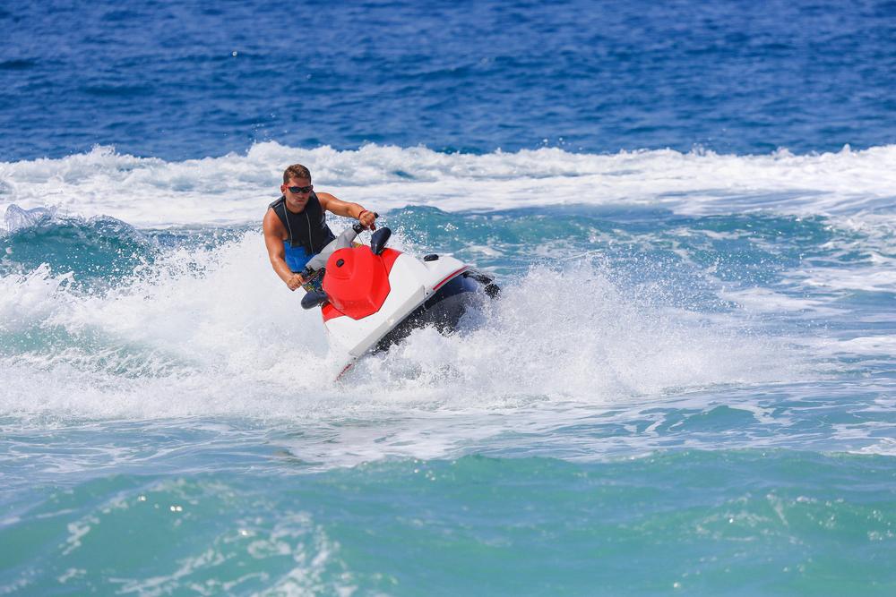 waverunners-in-cancun-epic-water-toys-cancun