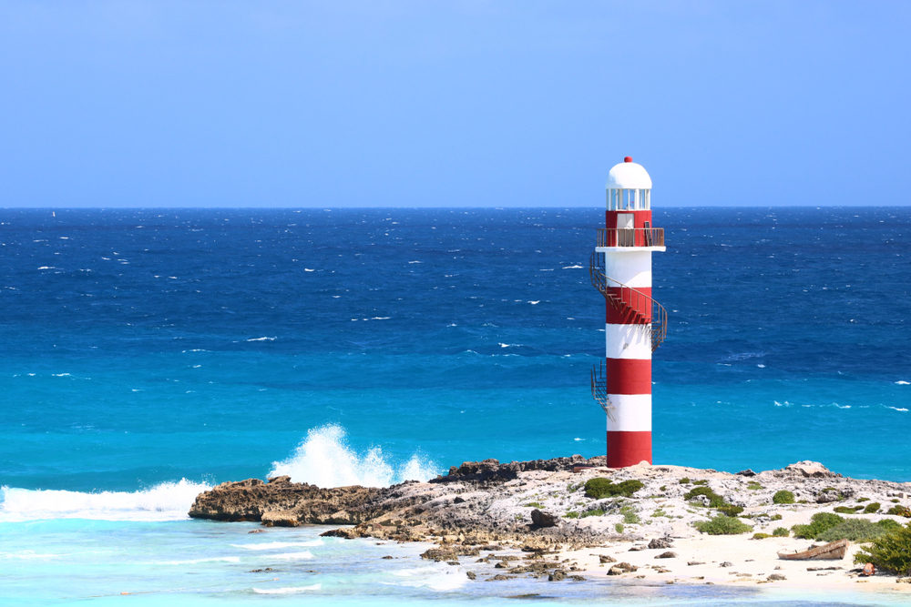 lighthouse-cancun-epic-water