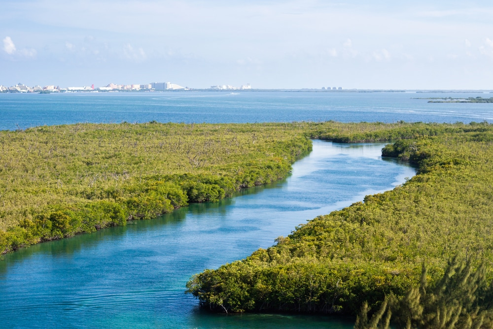 Water landscapes you cant miss in Cancún